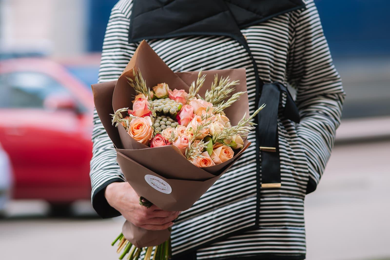 Купить оранжевые розы в Минске